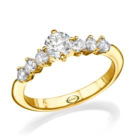 טבעת אירוסין עם שבעה יהלומים