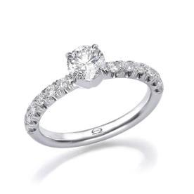 טבעת אירוסין דקה עם יהלומים