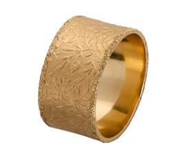 טבעת נישואין מרוקעת עלים