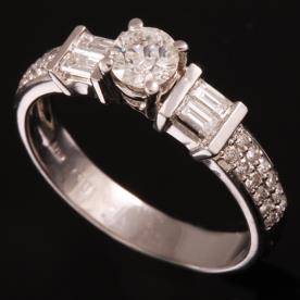 טבעת אירוסין יהלומים ריבועיים