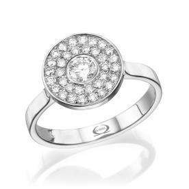 טבעת חותם משובצת מרשימה