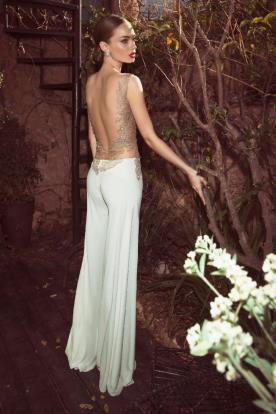 שמלת כלה מכנס קפלים