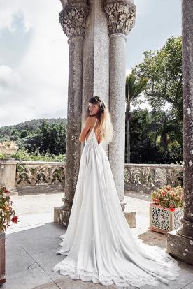שמלת כלה עדינה למראה מרשים