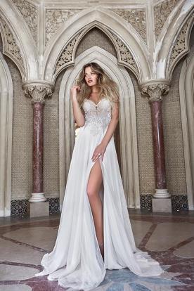שמלת כלה סקסית עם שסע עמוק