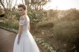 שמלת כלה אוף שולדר נסיכתית
