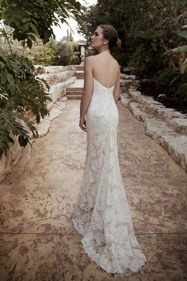 שמלת כלה סטרפלס תחרה קרם