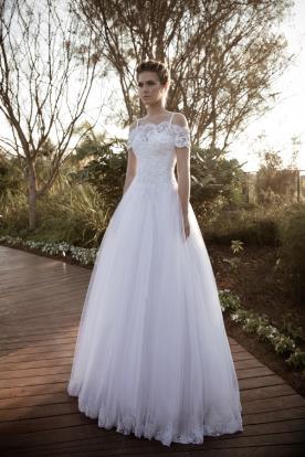 שמלת כלה נפוחה נסיכתית