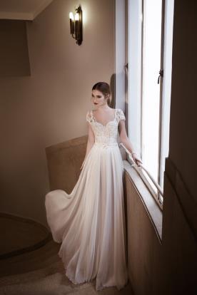 שמלת כלה במראה נסיכתי