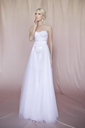 שמלת כלה A למראה נסיכתי