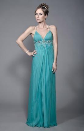 שמלת ערב בגזרת אמפייר