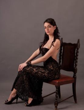 שמלת ערב בגזרה ישרה