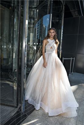 שמלה מתנפחת איקס למעלה