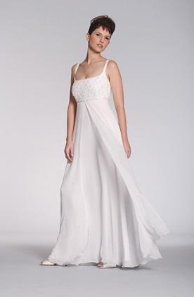שמלת כלה עדינה חתך אמפיר