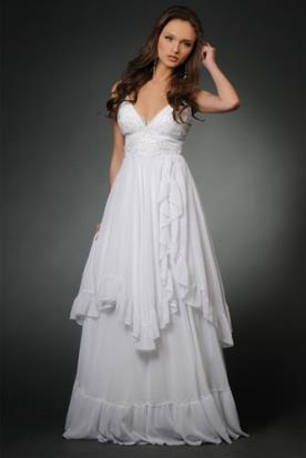 שמלת כלה עם קפלים אסימטריים