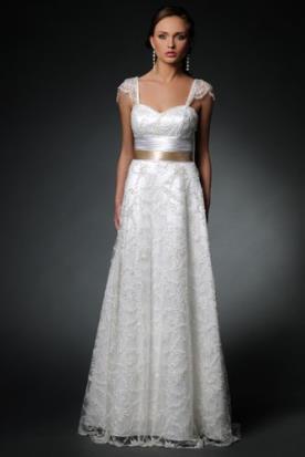 שמלת כלה כפרית עם חגורת מותן
