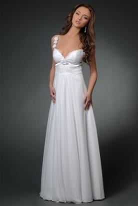 שמלת כלה כפרית עם כתפיות וקישוט מיוחד