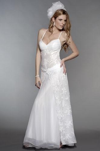 שמלת תחרה לכלה הקלאסית