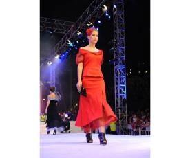 שמלת ערב שני חלקים בצבע אדום