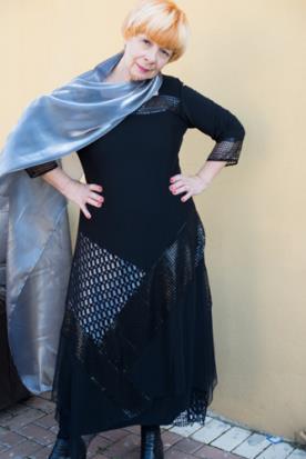 שמלת ערב צנועה שחור ותכלת
