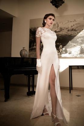 שמלת כלה משי עם שסע