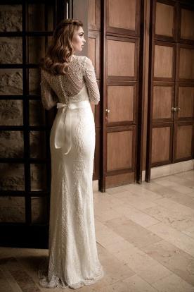 שמלת כלה צנועה קשירה בגב