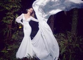 שמלת כלה שרוולי משי אווריריים