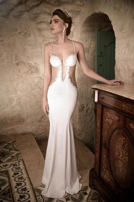שמלת כלה נועזת ממשי