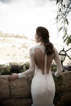 שמלת כלה גב מכופתר