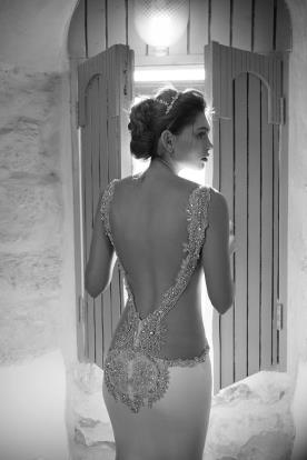 שמלת כלה גב מחורז הוט קוטור