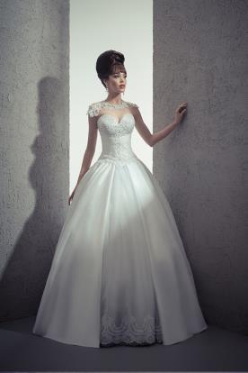 שמלת כלה בגזרה נסיכתית