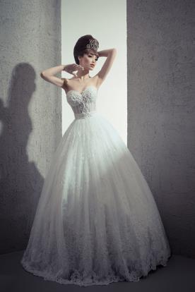שמלת כלה מחוך שקוף מחורז