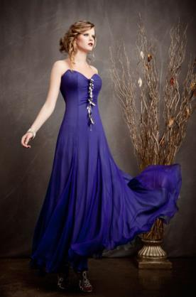 שמלת ערב בסגול בוהק