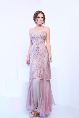 שמלה בצבע סגול בשילוב רקמה