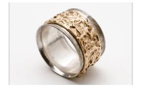 טבעת נישואין משולבת עם תבליט