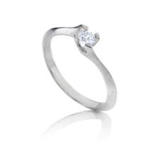 טבעת אירוסין אבן אחת