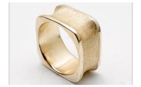 טבעת נישואין מרובעת עבה