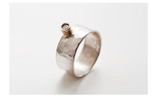 טבעת אירוסין יהלום בולט