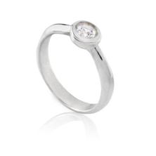טבעת אירוסין עם עיגול