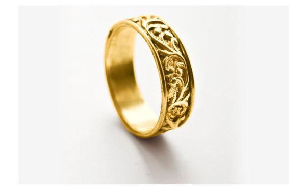 טבעת מעוטרת עדינה לכלה
