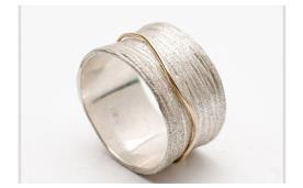 טבעת נישואין עדינה רחבה