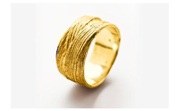 טבעת עיטורי חריטות עדינות