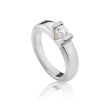 טבעת אירוסין עם V