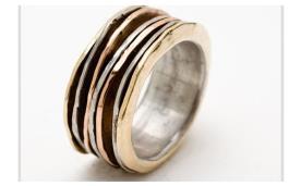 טבעת נישואין מורכבת חישוקים