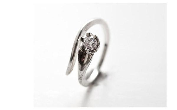 טבעת אירוסין ספירלה עדינה