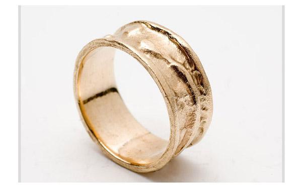 טבעת רחבה זהב עדין