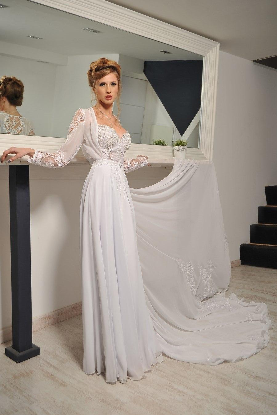 שמלת כלה נשפכת