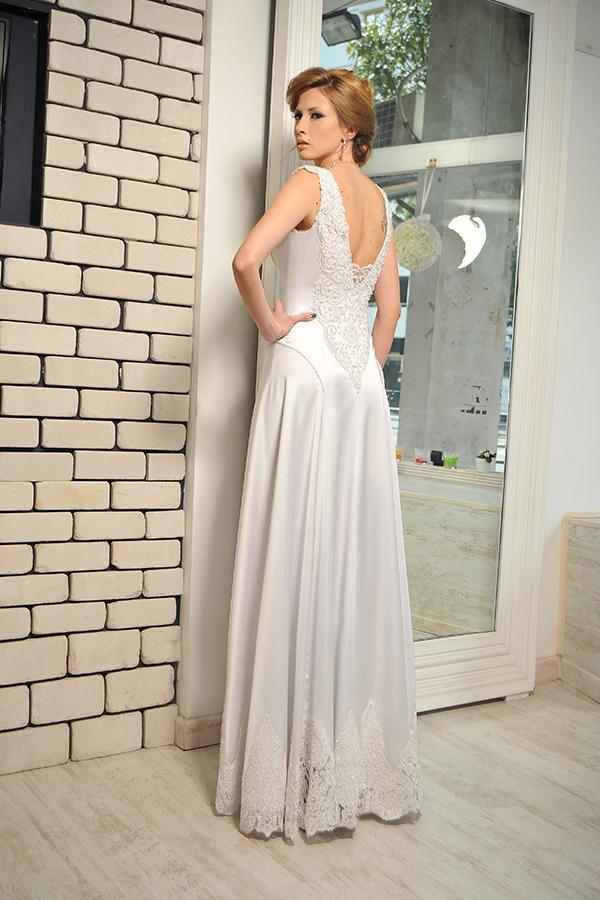 שמלת כלה נסיכתית אלגנטית