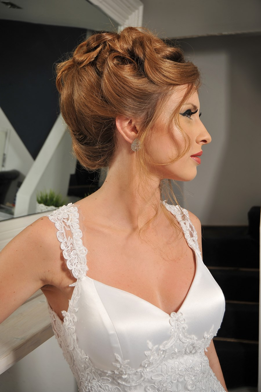עידן בלבן שמלת כלה בשילוב תחרה