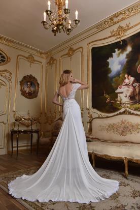 שמלת כלה שובל נסיכתי