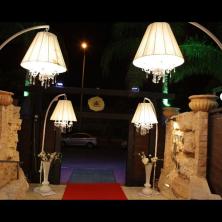 עיצוב כניסה מנורות